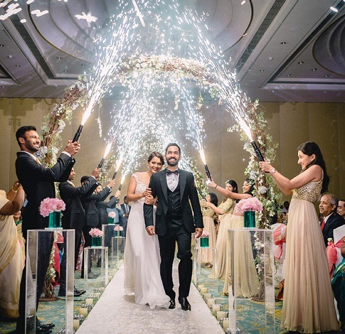 Imágenes de Wedding Reception Entrance Ideas For Bride And Groom